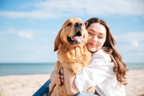 sahibiyle mutlu köpek